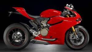 Ducati 1199 Panigale S 2014 Rot