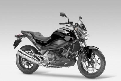 Honda_NC_750_S_ABS_2014_Schwarz-2.jpg