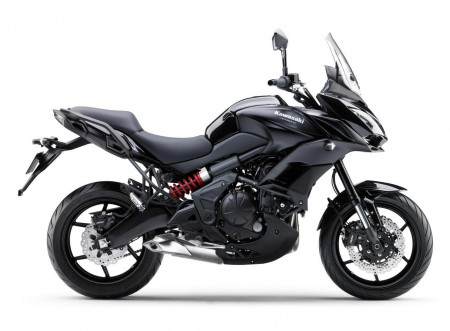 Kawasaki_Versys_650_ABS_2015_Schwarz.jpg