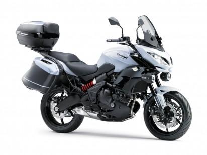Kawasaki_Versys_650_ABS_2015_Weiss-2.jpg