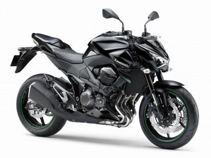 Kawasaki_Z800_ABS_2015_Schwarz-2.jpg