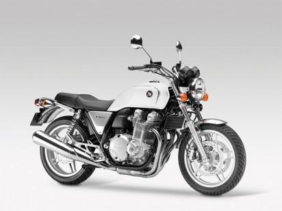 Honda_CB1100A_2013_weiss-2