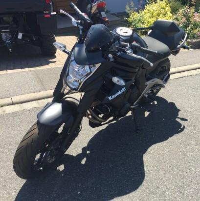 Kawasaki_ER6N_ABS_2014_Schwarz-2