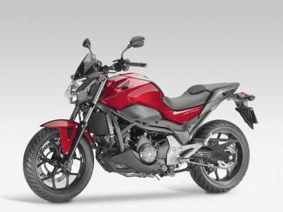 Honda_NC-750-S-ABS_2014_rot